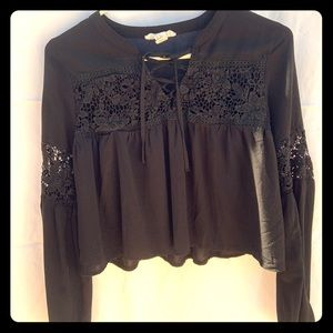 Forever 21 Black Boho long sleeve top size small